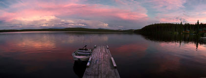 αλιεύοντας τη λίμνη τέλει&a Στοκ Εικόνα