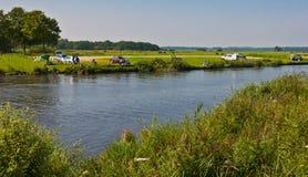 αλιεύοντας τον ποταμό μι&kapp Στοκ Φωτογραφίες