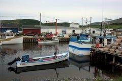αλιεύοντας χωριό πεστροφών ποταμών Στοκ Φωτογραφίες
