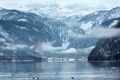 Αλπική όψη χειμερινών λιμνών Στοκ Φωτογραφίες