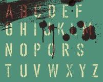 Αλφάβητο διάτρητων Grunge με τις απελευθερώσεις και τις ραβδώσεις διανυσματική απεικόνιση