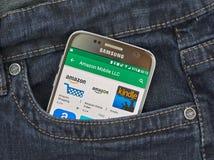 Αμαζόνιος app στη Samsung S7 Στοκ Εικόνες