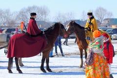 Αμαζώνες στο ρωσικό ευγενές κοστούμι Στοκ εικόνα με δικαίωμα ελεύθερης χρήσης