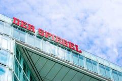 ΑΜΒΟΥΡΓΟ, ΓΕΡΜΑΝΙΑ - 22 ΜΑΐΟΥ 2016: Γερμανικό περιοδικό Der Spiegel Στοκ Φωτογραφία