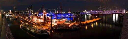 Αμβούργο Hafencity τη νύχτα, Γερμανία Στοκ Εικόνες