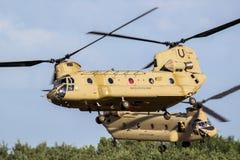 Αμερικάνικος στρατός CH-47 ελικόπτερο μεταφορών σινούκ στοκ εικόνες