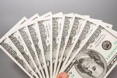 Αμερικανικά 100 ΑΜΕΡΙΚΑΝΙΚΑ δολάρια Στοκ Εικόνες