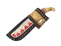 Αμερικανικές ινδικές μαχαίρι και θήκη που απομονώνονται. Στοκ εικόνα με δικαίωμα ελεύθερης χρήσης