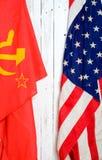 Αμερικανική και σοβιετική σημαία Στοκ φωτογραφίες με δικαίωμα ελεύθερης χρήσης