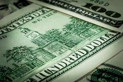 Αμερικανική κινηματογράφηση σε πρώτο πλάνο τραπεζογραμματίων δολαρίων στενά δολάρια επάνω Στοκ Φωτογραφίες