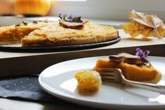 Αμερικανική πίτα με την κολοκύθα και το mascarpone Στοκ εικόνες με δικαίωμα ελεύθερης χρήσης