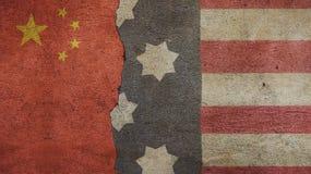 Αμερικανική σημαία και σημαία της Κίνας Στοκ εικόνα με δικαίωμα ελεύθερης χρήσης