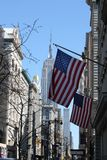 Αμερικανική σημαία με το Εmpire State Building Στοκ Φωτογραφίες