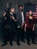 Αμερικανικός εγκληματίας Γκάγκστερ με το όπλο Στοκ φωτογραφία με δικαίωμα ελεύθερης χρήσης