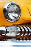 Αμερικανικό εκλεκτής ποιότητας αυτοκίνητο, κινηματογράφηση σε πρώτο πλάνο της μπροστινής λεπτομέρειας Στοκ φωτογραφία με δικαίωμα ελεύθερης χρήσης