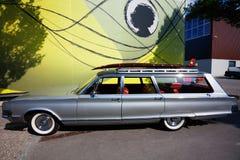 Αμερικανικό εκλεκτής ποιότητας αυτοκίνητο στην οδό Στοκ Εικόνες
