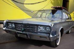 Αμερικανικό κλασικό αυτοκίνητο, μπροστινή άποψη Στοκ Φωτογραφίες