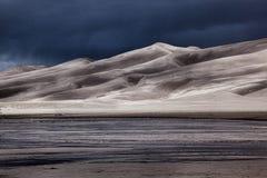αμμοθύελλα αμμόλοφων πρ&omicr Στοκ φωτογραφία με δικαίωμα ελεύθερης χρήσης
