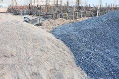 Αμμοχάλικο και άμμος σωρών στοκ φωτογραφία με δικαίωμα ελεύθερης χρήσης