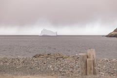 Αμμοχάλικο και παγόβουνο Στοκ Εικόνες