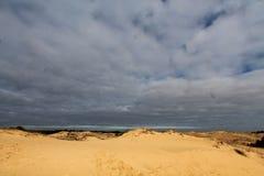 Αμμόλοφοι άμμου της μεγαλύτερης ερήμου της Ευρώπης ` s Στοκ εικόνα με δικαίωμα ελεύθερης χρήσης
