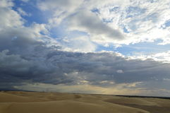 αμμόλοφοι ουρανού και άμμου Στοκ φωτογραφία με δικαίωμα ελεύθερης χρήσης