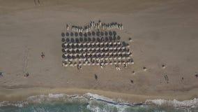 Αμμώδης ακτή, μακροχρόνια κύματα θάλασσας της παραλίας Κρήτη, Ελλάδα Falasarna απόθεμα βίντεο