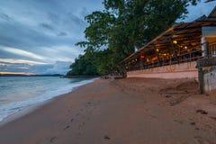 Αμμώδης παραλία του AO Nang, επαρχία Krabi Στοκ Φωτογραφίες