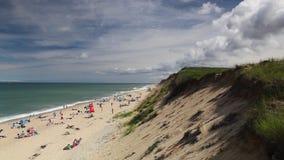 Αμμώδης παραλία λαιμών βακαλάων ακρωτηρίων σε Barnstable