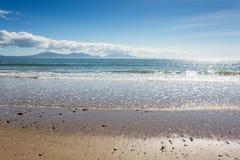 Αμμώδης παραλία σε Newborough σε Anglesey Στοκ Εικόνες