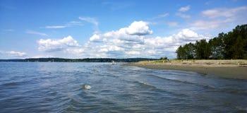 Αμμώδης ωκεάνια παραλία, νησί λιμενοβραχιόνων Στοκ εικόνες με δικαίωμα ελεύθερης χρήσης