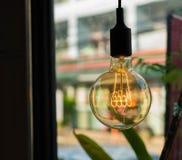 λαμπτήρες σε έναν σύγχρονο καφέ Στοκ Εικόνες