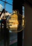 λαμπτήρες σε έναν σύγχρονο καφέ Στοκ εικόνες με δικαίωμα ελεύθερης χρήσης