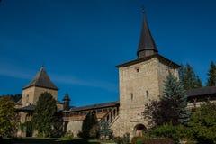 Αμυντικός τοίχος του μοναστηριού Sucevita Στοκ Εικόνες