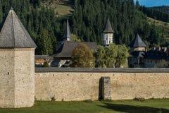 Αμυντικός τοίχος του μοναστηριού Sucevita Στοκ Εικόνα