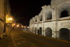 Αμφιθέατρο Arles τη νύχτα, Γαλλία Στοκ Εικόνα