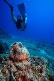 αμφορέας υποβρύχιος στοκ φωτογραφίες με δικαίωμα ελεύθερης χρήσης