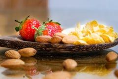 Αμύγδαλο μπανανών φραουλών Στοκ Εικόνες