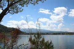 ΑΜ Φούτζι στη λίμνη Kawaguchi Στοκ Εικόνα