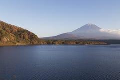 ΑΜ Φούτζι το φθινόπωρο, Ιαπωνία Στοκ Φωτογραφίες