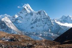 ΑΜ Ama Dablam, Dingboche, Solukhumbu, Νεπάλ στοκ εικόνες