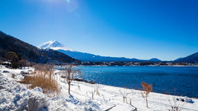 ΑΜ Kawaguchiko λιμνών του ΦΟΎΤΖΙ (Κιότο, Ιαπωνία) Στοκ εικόνα με δικαίωμα ελεύθερης χρήσης