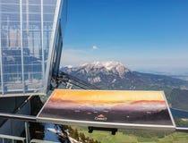 ΑΜ NH του Λαφαγέτ για να ολοκληρώσει την όψη Ουάσιγκτον Stanserhorn στην Ελβετία Στοκ εικόνες με δικαίωμα ελεύθερης χρήσης