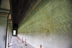Ανάγλυφο Bas κατά μήκος του τοίχου Angkor Wat Στοκ Φωτογραφία