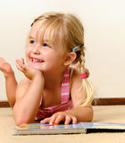 ανάγνωση παιδικών σταθμών στοκ εικόνες