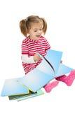 ανάγνωση σωρών παιδιών βιβ&lambda στοκ εικόνες