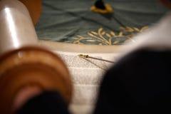 Ανάγνωση torah Στοκ φωτογραφία με δικαίωμα ελεύθερης χρήσης