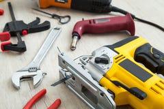 Ανάμεικτα εργαλεία εργασίας στο ξύλο Στοκ Εικόνα