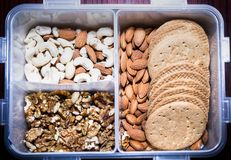 Ανάμεικτα καρύδια και μπισκότα Στοκ φωτογραφίες με δικαίωμα ελεύθερης χρήσης