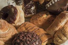 Ανάμεικτο γλυκό ψωμί στοκ εικόνα